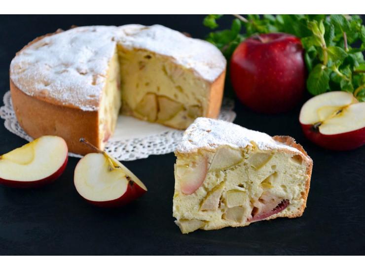 Sharlotka (Apple pie)
