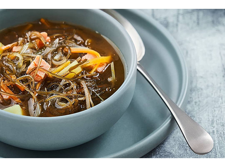 Fish soup with seaweed
