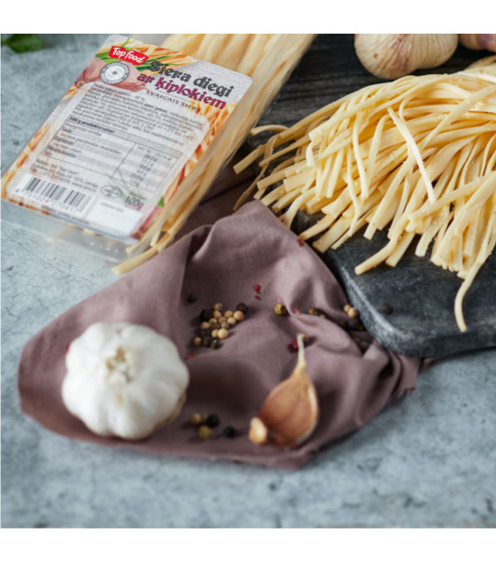 TOPFOOD Cheese Threads with Garlic - 100g (best before 25.10.20)